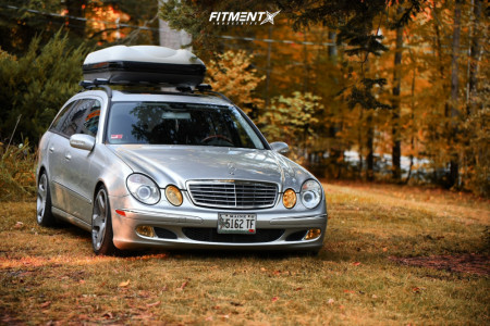 2005 Mercedes-Benz E500 - 18x9.5 35mm - Rotiform Nue - Air Suspension - 245/40R18