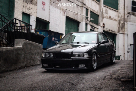 1997 BMW 318i - 18x9 35mm - BMW Style 95 - Coilovers - 225/40R18