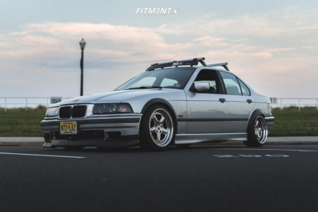 1998 BMW 318i - 17x8.5 -15mm - ESM 002r - Coilovers - 205/40R17