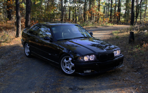 1995 BMW 325is - 17x7.5 41mm - BMW Style 23 - Stock Suspension - 225/45R17