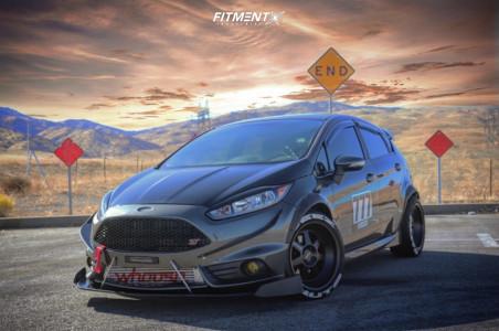 2016 Ford Fiesta - 17x9 0mm - Klutch Ml7 - Coilovers - 235/40R17
