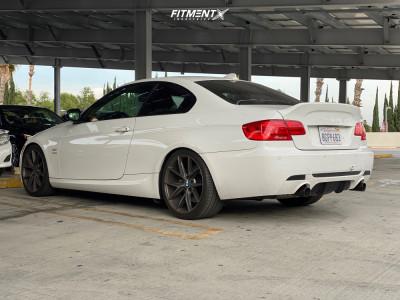 2011 BMW 335is - 19x8.5 35mm - Niche Misano - Stock Suspension - 255/35R19