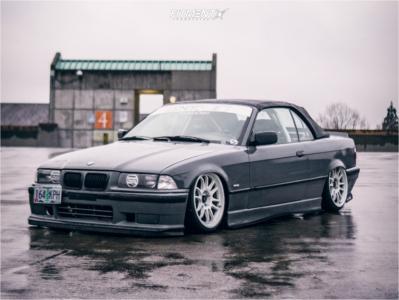 1999 BMW 323i - 18x9 33mm - Cosmis Racing XT-206R - Air Suspension - 215/35R18