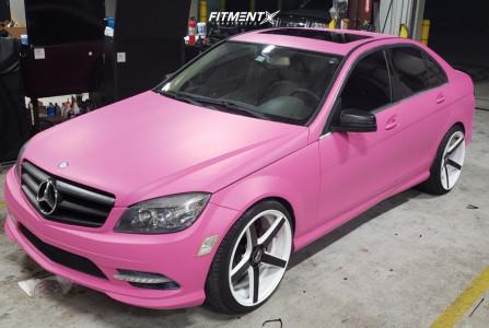 2011 Mercedes-Benz C300 - 20x9 35mm - Str 607 - Lifted - 235/35R20
