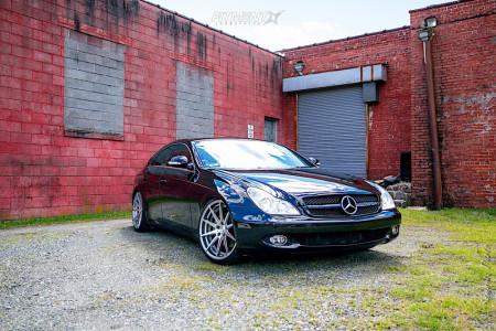 2007 Mercedes-Benz CLS550 - 20x9 20mm - Verde Insignia - Air Suspension - 245/30R20