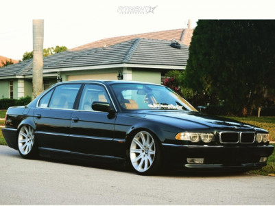 2001 BMW 740iL - 19x9 24mm - BMW Style 95 - Coilovers - 235/35R19