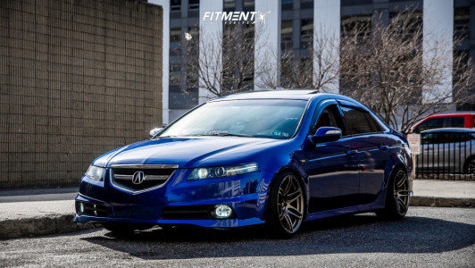 2007 Acura TL - 18x9.5 15mm - Cosmis Racing Mrii - Coilovers - 215/40R18
