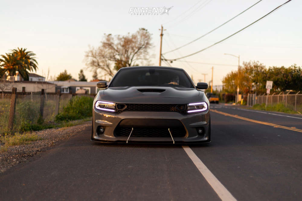 Tucked 2018 Dodge Charger with 20x10 Rohana Rfx11 & Nitto Nt555 275/40 on Air Suspension - Fitment Industries Gallery