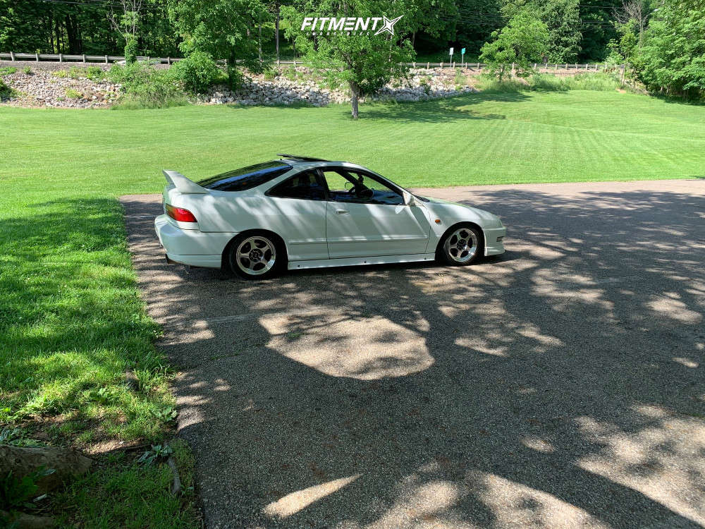 Flush 2000 Acura Integra with 15x7 Rota Slipstreams & Federal 595 Ss 195/45 on Coilovers - Fitment Industries Gallery