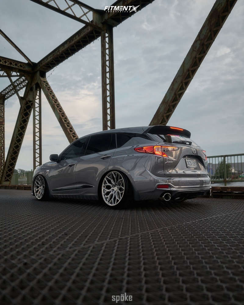 Flush 2020 Acura RDX with 21x10.5 Vossen Hf2 and Michelin Pilot Sport 4 S 265/30 on Air Suspension - Fitment Industries Gallery