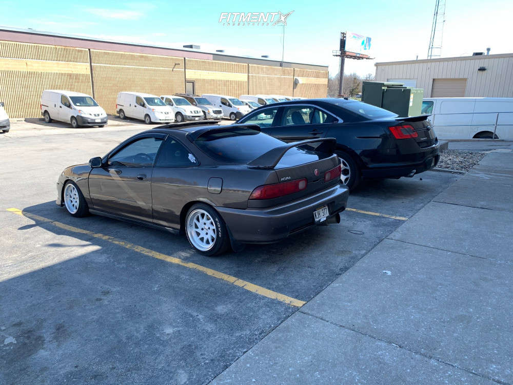 Nearly Flush 2000 Acura Integra with 15x8 Whistler KR7 & Toyo Tires Proxes T1r 195/45 on Coilovers - Fitment Industries Gallery