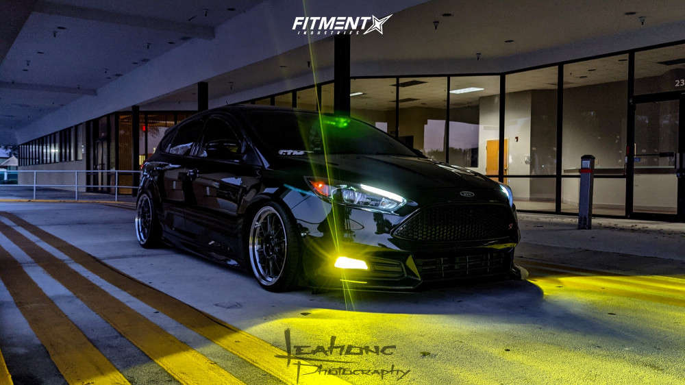 Tucked 2017 Ford Focus with 18x8.5 Konig Hypergram & Nankang NS-25 215/35 on Coilovers - Fitment Industries Gallery
