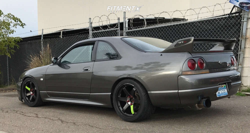 Tucked 1995 Nissan GT-R with 18x10.5 Rays Engineering Te37 and Toyo Proxes R888r 285/30 on Coilovers - Fitment Industries Gallery