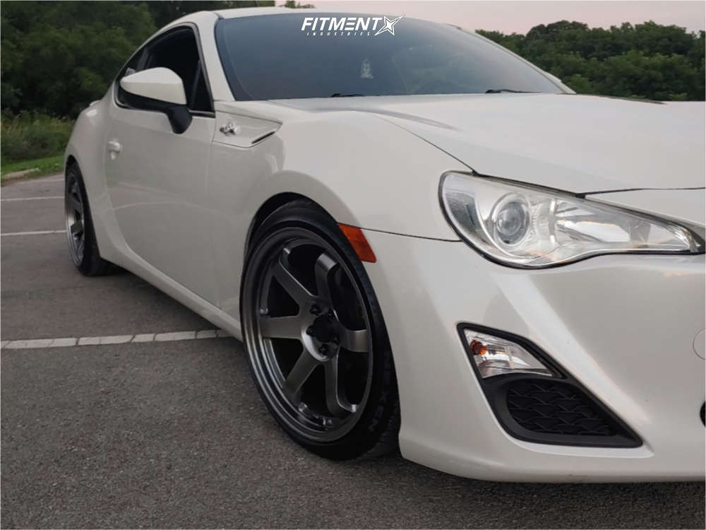 Nearly Flush 2013 Scion FR-S with 18x9.5 AVID1 AV6 & Nexen Nfera Su1 245/35 on Coilovers - Fitment Industries Gallery