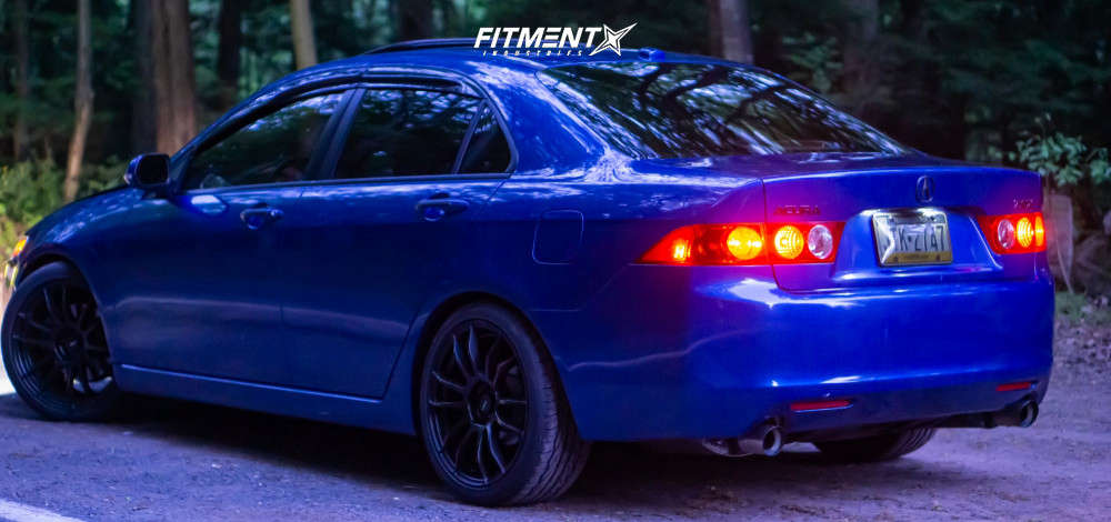 Nearly Flush 2005 Acura TSX with 18x8 AVID1 Av20 & Toyo Tires Extensa Hp Ii 225/40 on Coilovers - Fitment Industries Gallery