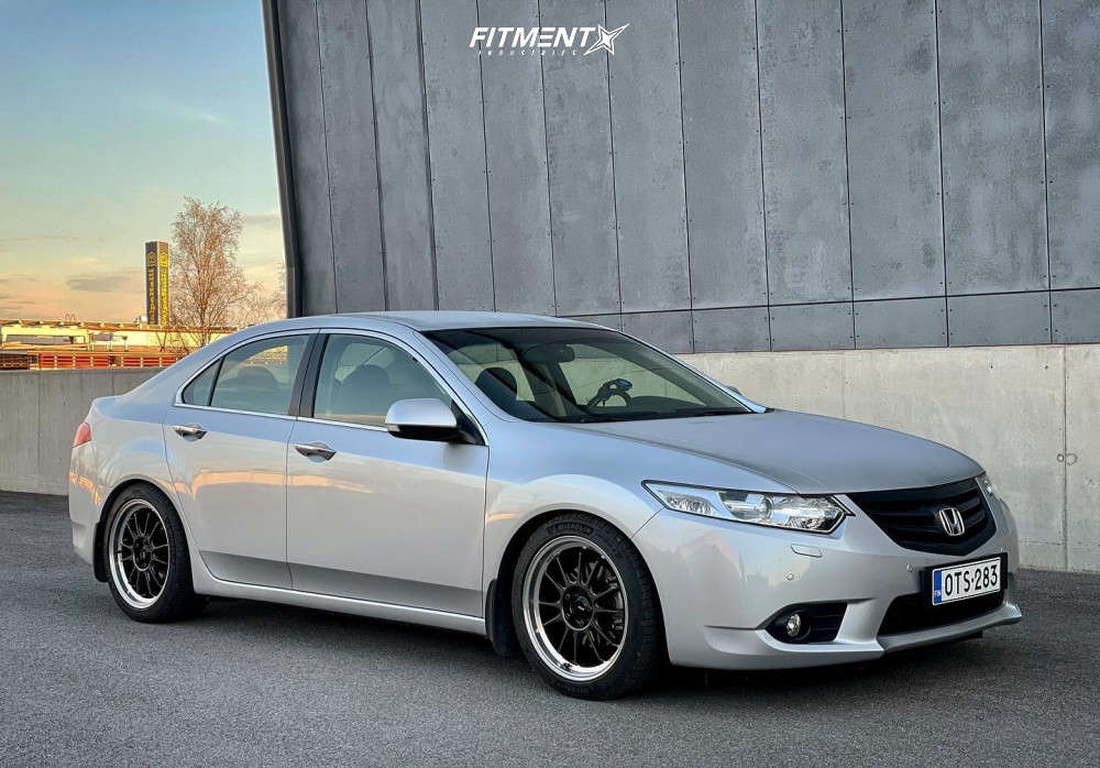 Nearly Flush 2013 Acura TSX with 18x8.5 Konig Hypergram & Michelin Pilot Sport 4 245/40 on Coilovers - Fitment Industries Gallery