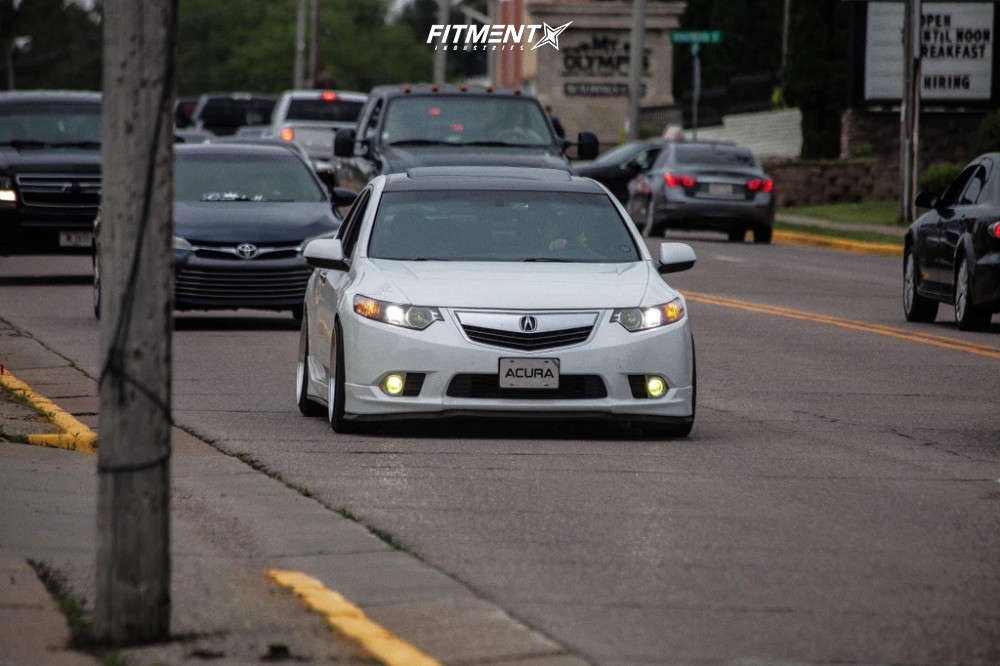 Nearly Flush 2014 Acura TSX with 18x9.5 Aodhan Ds07 and Hankook Kinergy Gt 225/40 on Coilovers - Fitment Industries Gallery