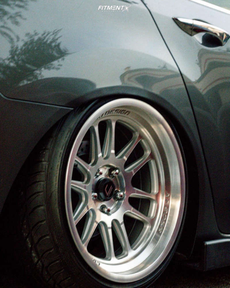 Flush 2010 Acura TSX with 18x9.5 Cosmis Racing Xt-206r and Ohtsu All Season 225/40 on Coilovers - Fitment Industries Gallery