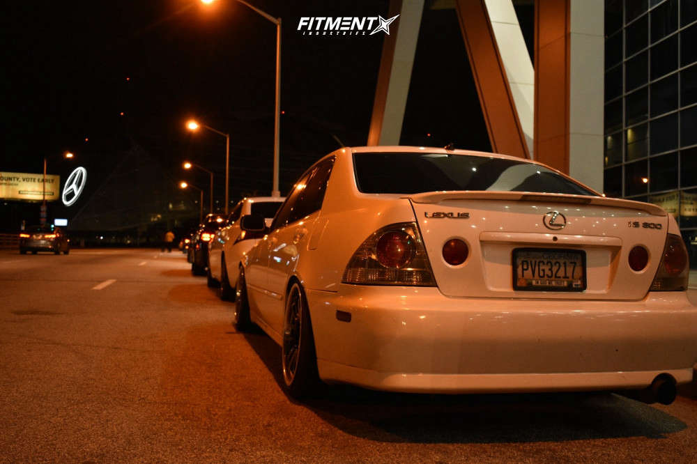 Nearly Flush 2003 Lexus IS300 with 18x9 Cosmis Racing Xt-206r & Atrezzo Sva1 225/40 on Coilovers - Fitment Industries Gallery