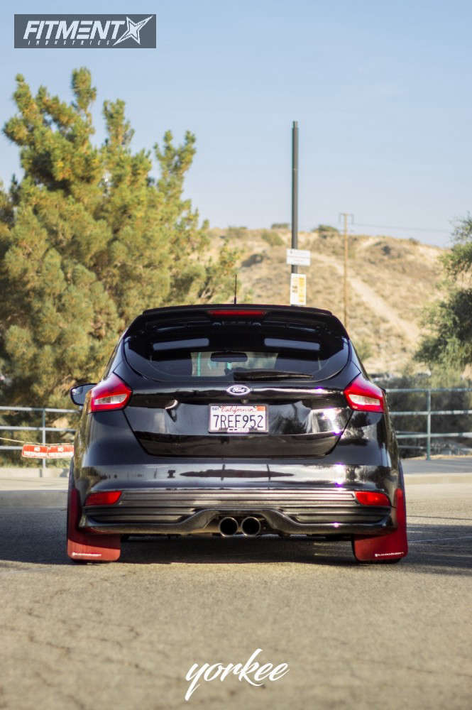 Poke 2016 Ford Focus with 18x9.5 Option Lab R716 & Nitto Neo Gen 225/40 on Coilovers - Fitment Industries Gallery
