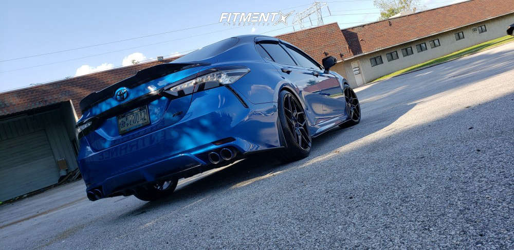 Flush 2018 Toyota Camry with 20x9 Rohana Rfx11 & Continental Extremecontact Sport 235/35 on Air Suspension - Fitment Industries Gallery