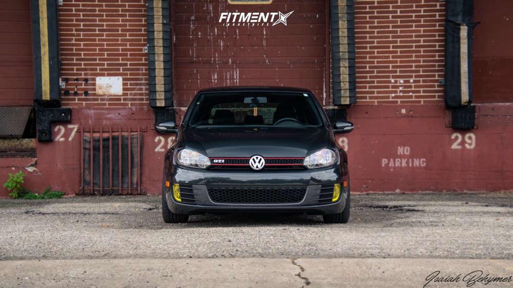 Flush 2013 Volkswagen GTI with 18x8.5 Konig Ampliform & Nexen 5000 225/40 on Coilovers - Fitment Industries Gallery