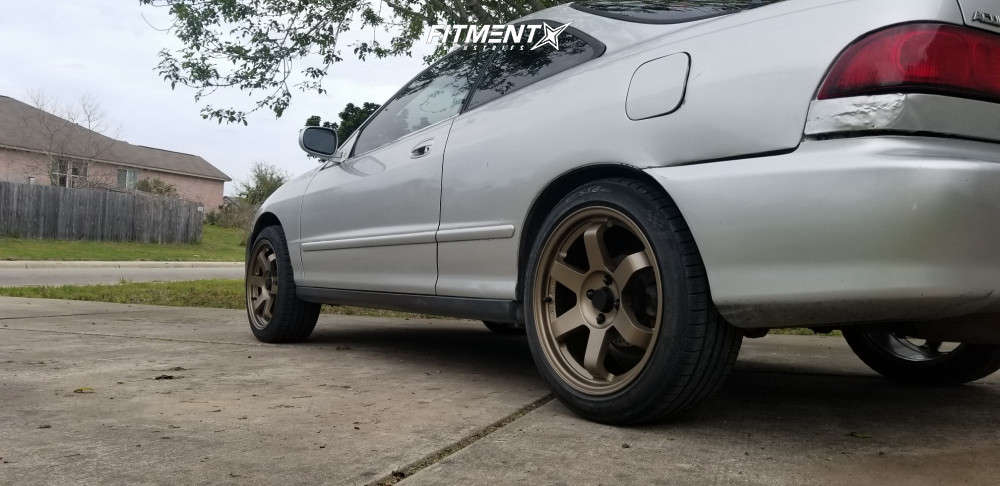 Nearly Flush 2000 Acura Integra with 17x8 AVID1 AV6 & Kumho Ecsta Ps31 215/45 on Coilovers - Fitment Industries Gallery