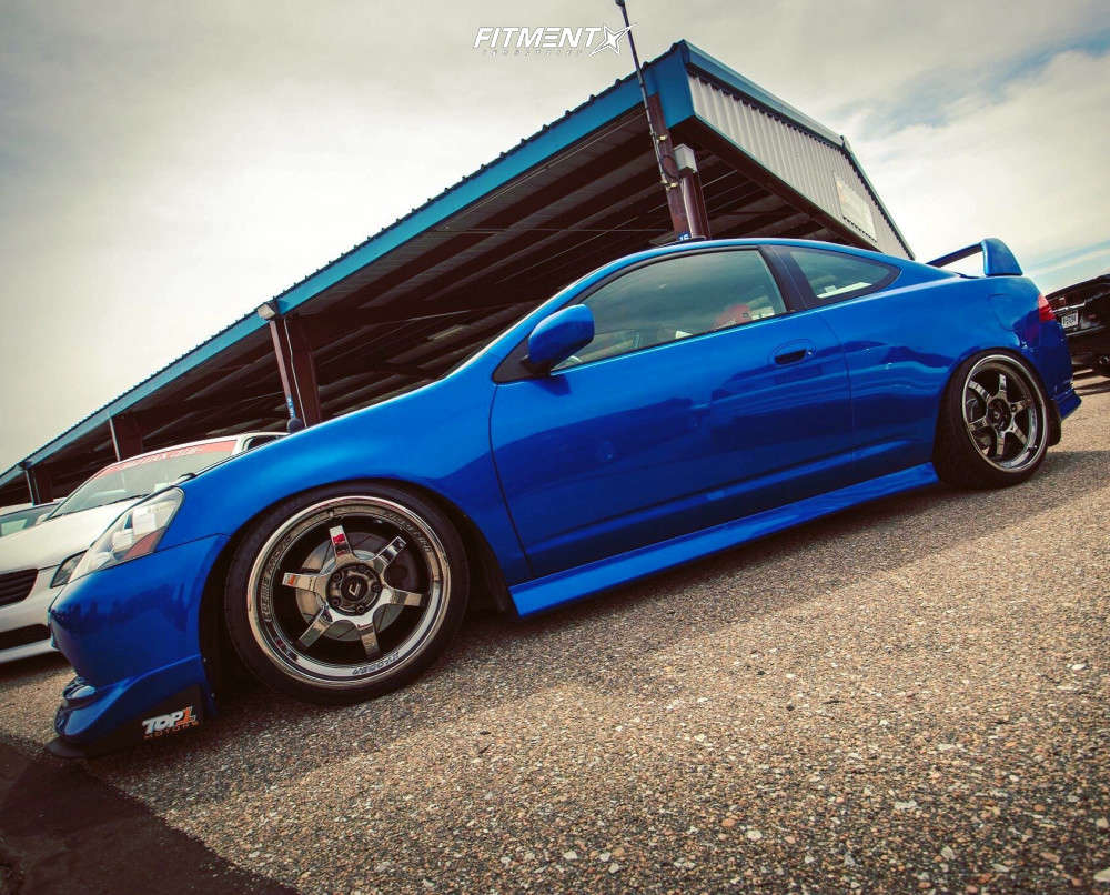 Nearly Flush 2006 Acura RSX with 18x9 Cosmis Racing XT-006R & Federal SS-595 225/35 on Coilovers - Fitment Industries Gallery