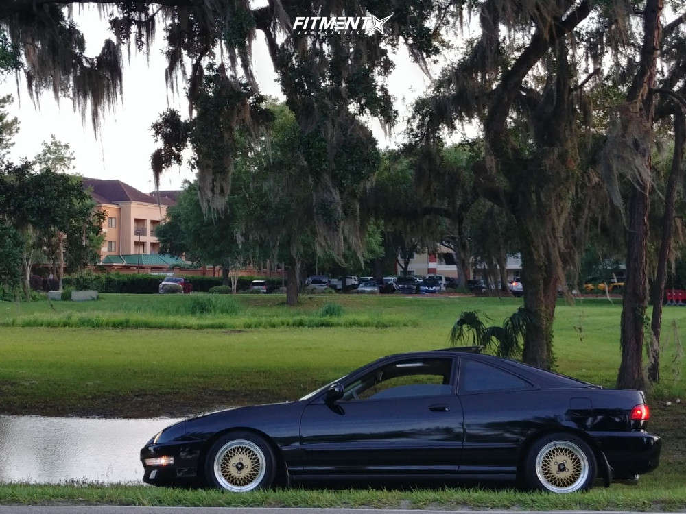 Tucked 2000 Acura Integra with 15x7 Enkei Enkei92 & Hankook Ventus V2 Concept 2 195/50 on Coilovers - Fitment Industries Gallery