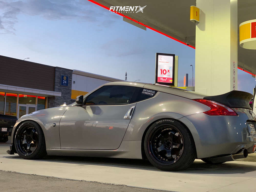 Flush 2009 Nissan 370Z with 19x9.5 Aodhan Ah03 & Maxxis Vr-1 255/35 on Coilovers - Fitment Industries Gallery