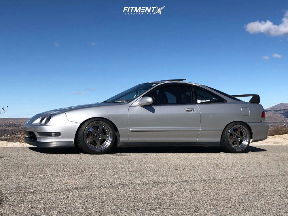 Nearly Flush 2000 Acura Integra with 16x8 JNC Jnc010 & Federal 595 Evo 205/40 on Coilovers - Fitment Industries Gallery