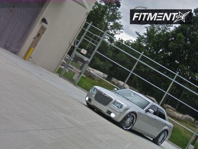 2006 300 Chrysler C 4dr Sedan Awd 57l 8cyl 5a Verde Kaos Kaos Chrome Flush 4910 3