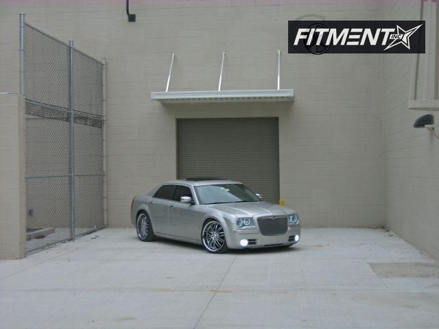 2006 300 Chrysler C 4dr Sedan Awd 57l 8cyl 5a Verde Kaos Kaos Chrome Flush 4910 4