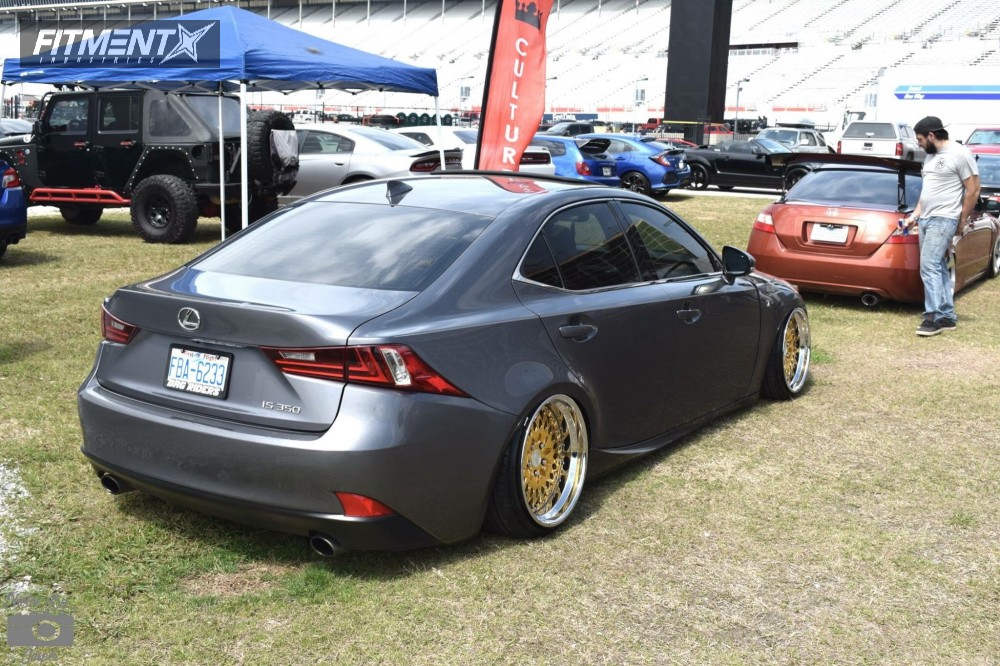 lexus 2014 is350 tire size