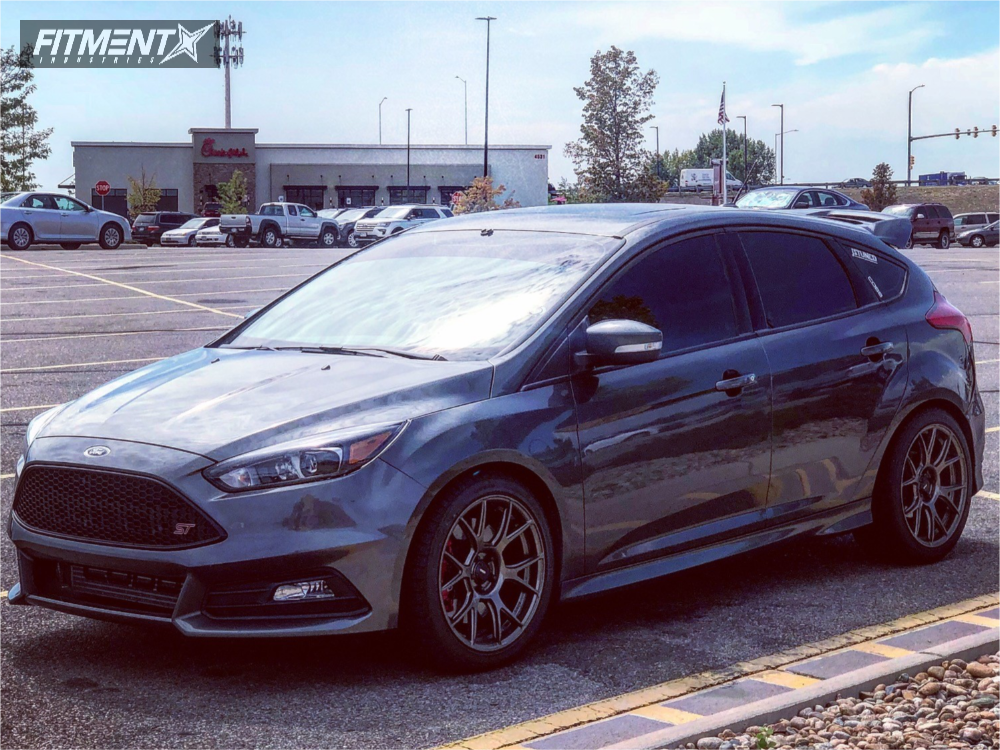 1 2017 Focus Ford Stock Stock Konig Ampliform Bronze