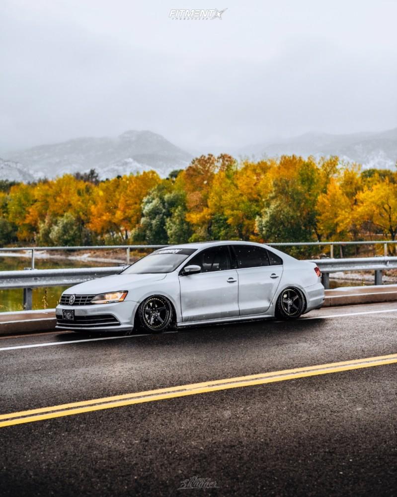 5 2018 Jetta Volkswagen Se Air Lift Performance Air Suspension Aodhan Ds05 Black