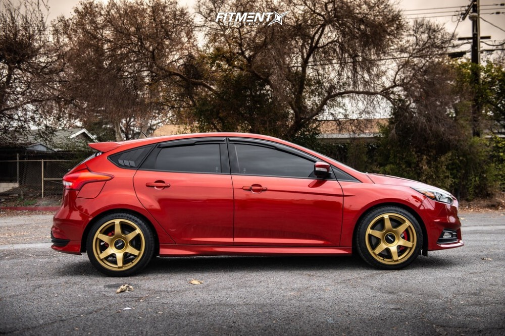 8 2018 Focus Ford St Stock Stock Rotiform Six Gold
