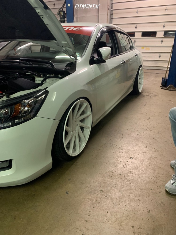 Tucked 2014 Honda Accord with 20x10 F1R F29 and Nankang NS-20 235/35 on Coilovers - Fitment Industries Gallery