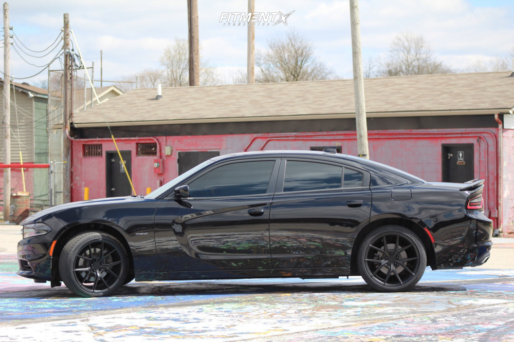 2017 Dodge Charger | Verde Axis