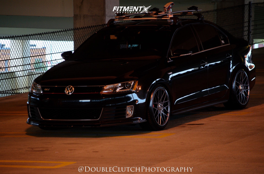 Tucked 2014 Volkswagen Jetta with 18x8.5 Rotiform Rse and Continental Extremecontact Dws06 225/45 on Coilovers - Fitment Industries Gallery