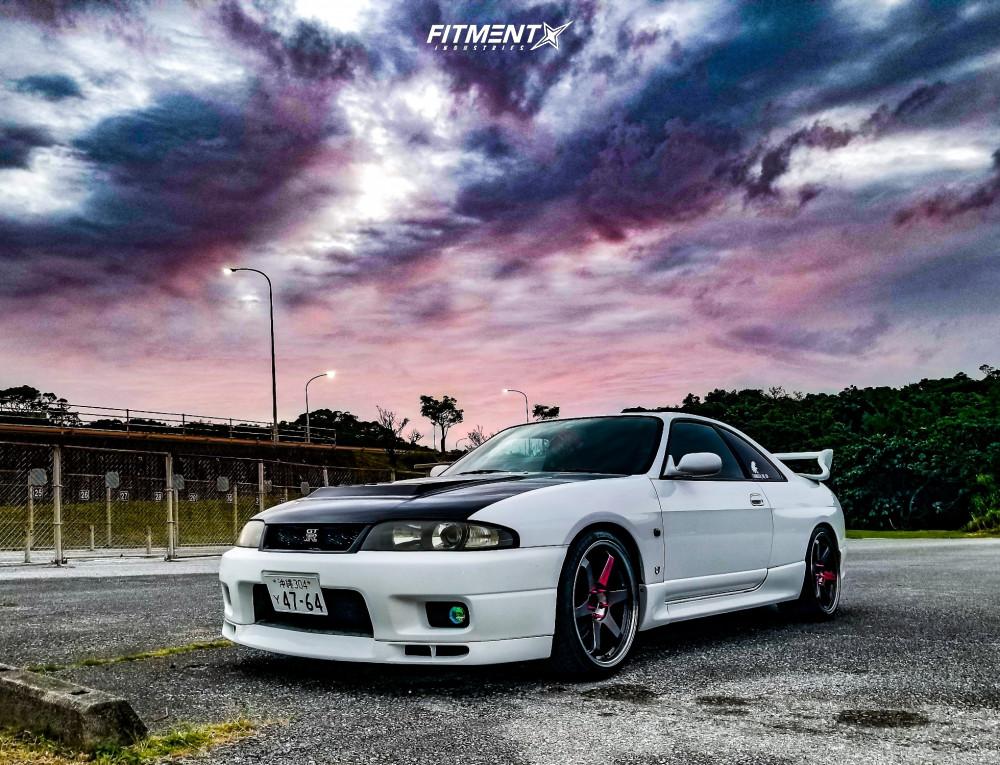 R33 Skyline GT-R