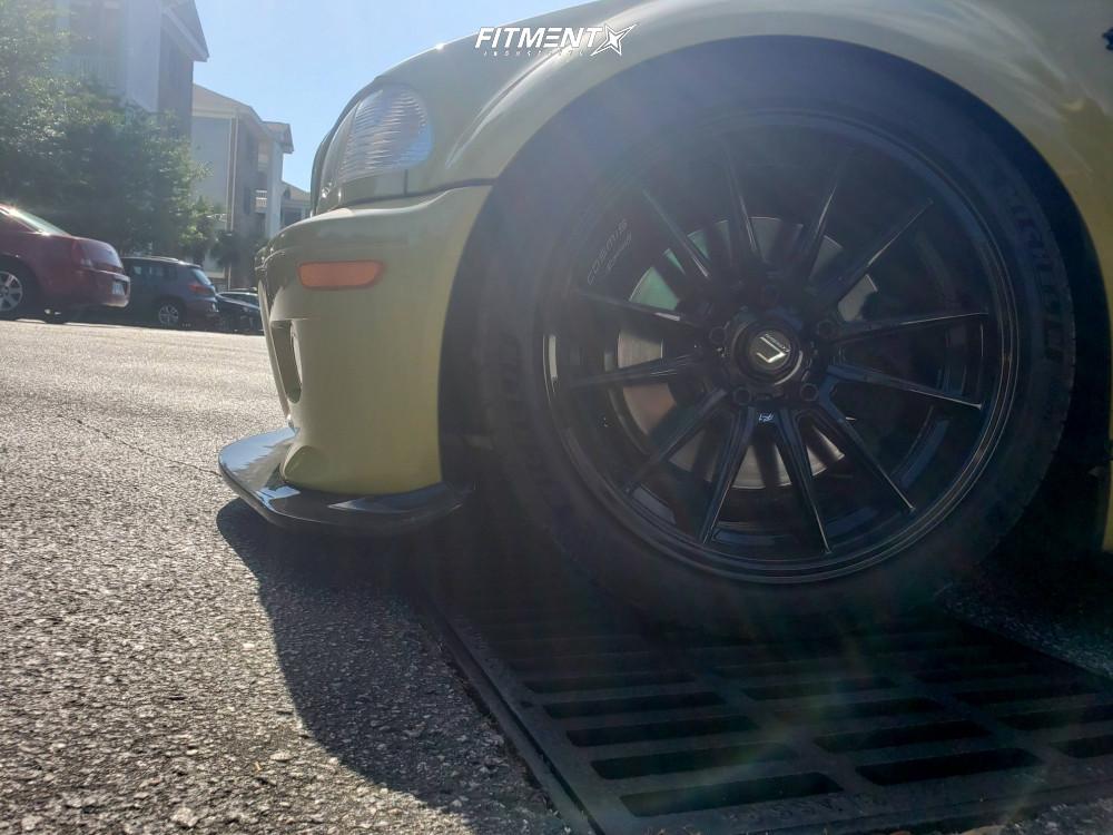 E46 Tire