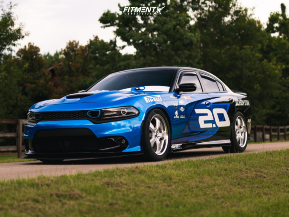 2017 Dodge Charger | Mickey Thompson Sc-5
