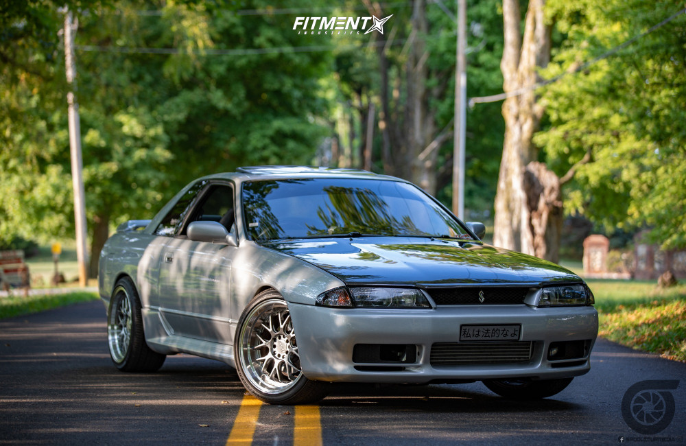 Poke 1992 Nissan Skyline R32 with 18x9.5 F1R F21 and Yokohama Advan Sport Zps 255/35 on Lowering Springs - Fitment Industries Gallery